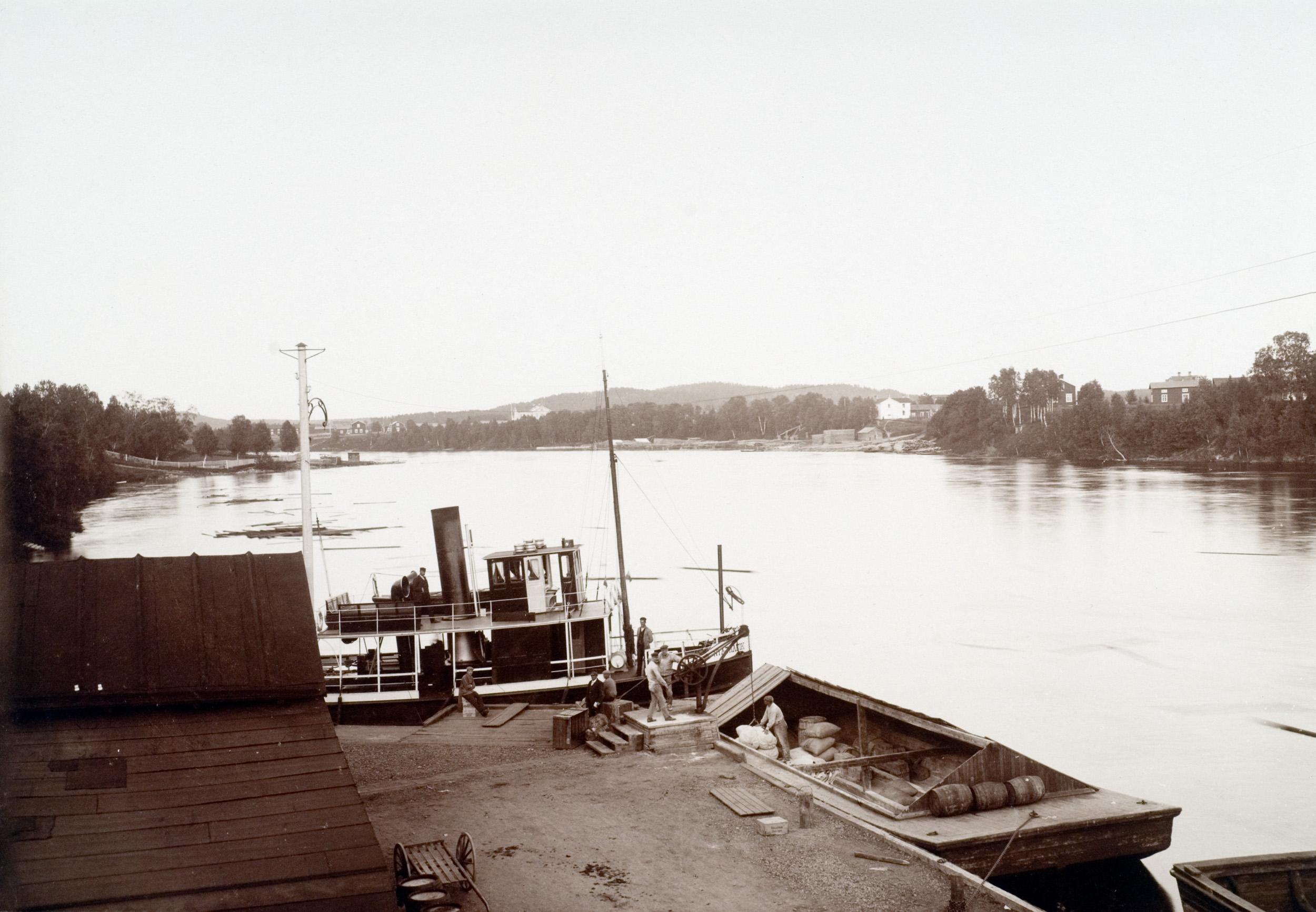 Kajen i Skellefteå. Bilden är tagen före 1912, innan järnvägen kom till staden.